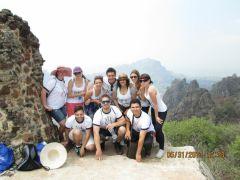 Les étudiantes en échanges à la montagne en Tepoztlan
